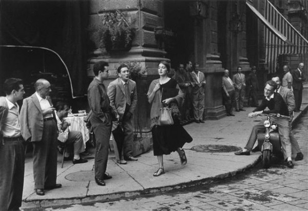 ss-110917-Ruth-Orkin-American-Girl-in-Italy.grid-8x2